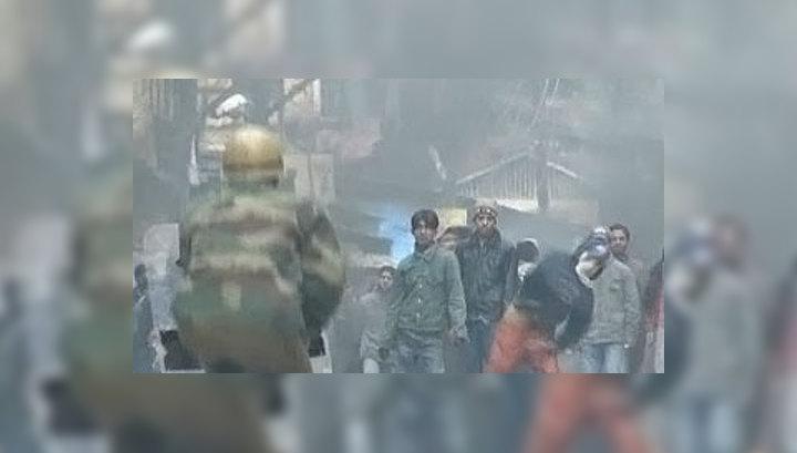 Из-за беспорядков в индийском городе Шринагар пострадали 30 человек