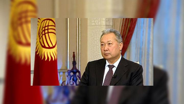 Бакиев не слагает с себя полномочия президента