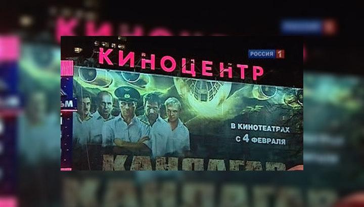 devushki-sayt-o-pornoaktrisah-ih-vpechatleniya-podglyadivaet-tolstoy-teshey