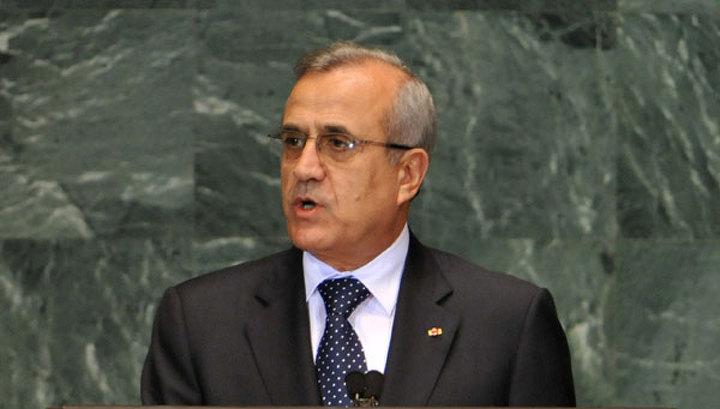Президент Ливана отложил решающий раунд национального диалога