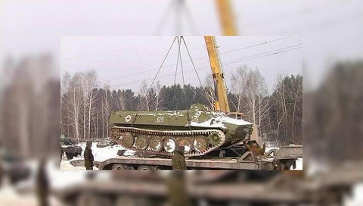 Из Свердловских лесов вывозят танки