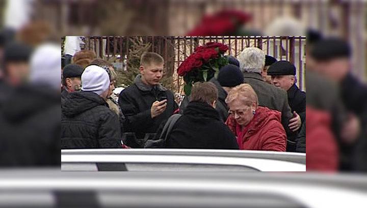 Похороны Владислава Галкина пройдут на Троекуровском кладбище