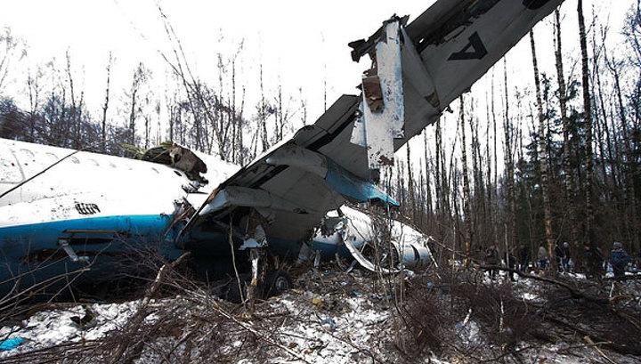 Самописцы Ту-204 перед падением зафиксировали нештатную работу систем управления