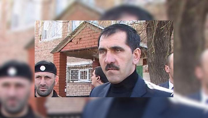 Семьи милиционеров, погибших в Карабулаке, получат по миллиону рублей