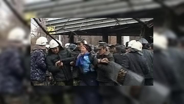 Киргизские оппозиционеры захватили в заложники первого вице-премьера страны