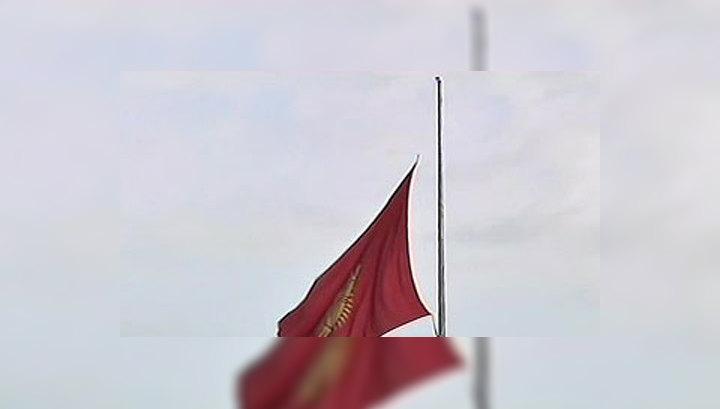 Секретарь Совбеза Киргизии вылетел для консультаций в Москву