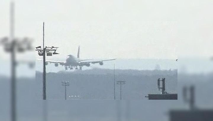 Европа надеется восстановить авиасообщение в понедельник