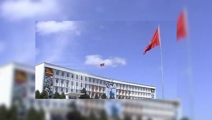 Спецпредставитель президента РФ вылетает в Киргизию