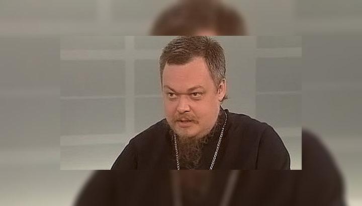 Всеволод Чаплин: РПЦ не собирается выносить иконы из музеев