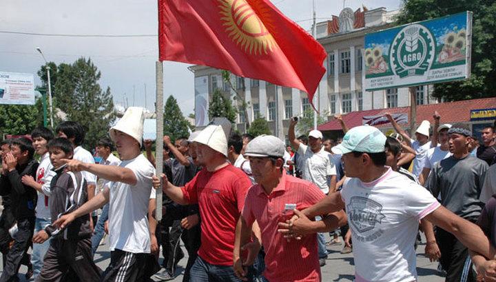 Россия призывает жителей Киргизии не поддаваться на провокации