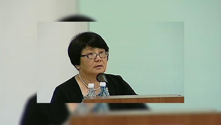 Отунбаева: в Ош стягивается большое количество людей