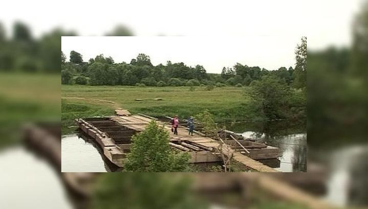 """Под Иваново ветхий мост оставил сельчан без """"скорой"""" и пожарных"""