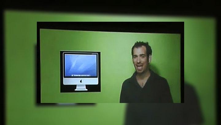 Стив Джобс решил проблему iPhone 4 раздачей бесплатных чехлов