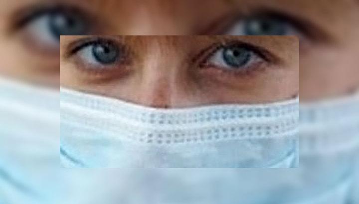 Медики рекомендуют москвичам ходить с марлевыми повязками