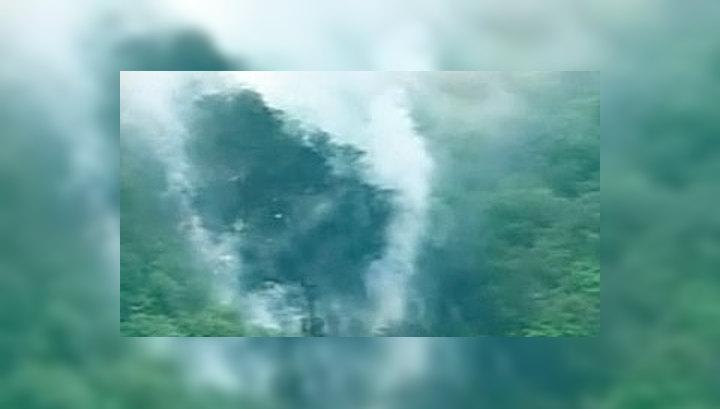 В Пакистане после падения самолета выжили несколько человек