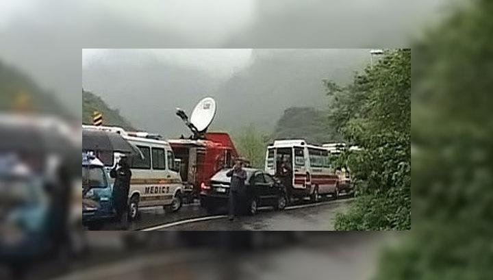 Пакистанские спасатели: выживших в авиакатастрофе пока не найдено