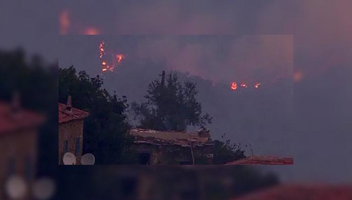 Запад Турции охвачен пожарами
