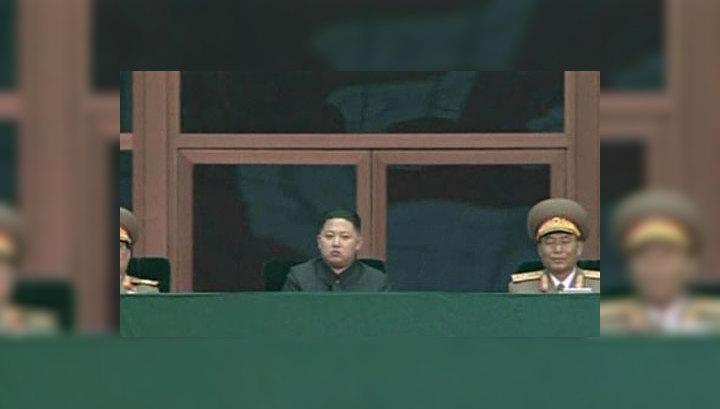 Ким Чен Ир показал корейцам наследника