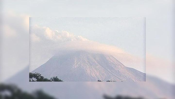 Разгул стихии в Индонезии: число жертв растет
