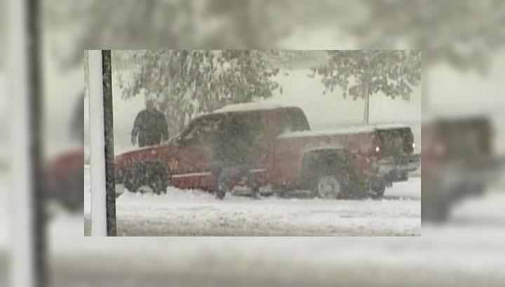 На штаты Миннесота и Висконсин обрушилась снежная буря
