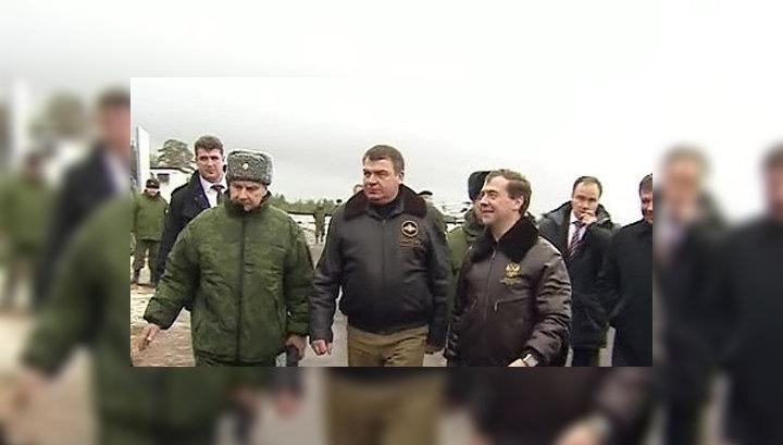 Медведев: некоторые суждения о военной реформе носят жесткий характер