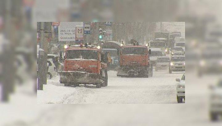 Красноярск засыпало снегом