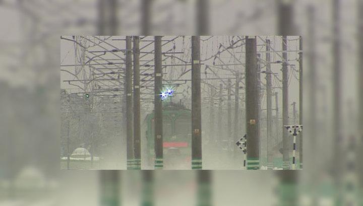 Электрички Казанского направления берут штурмом, люди падают в обморок