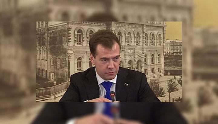 Медведев продлил световой день