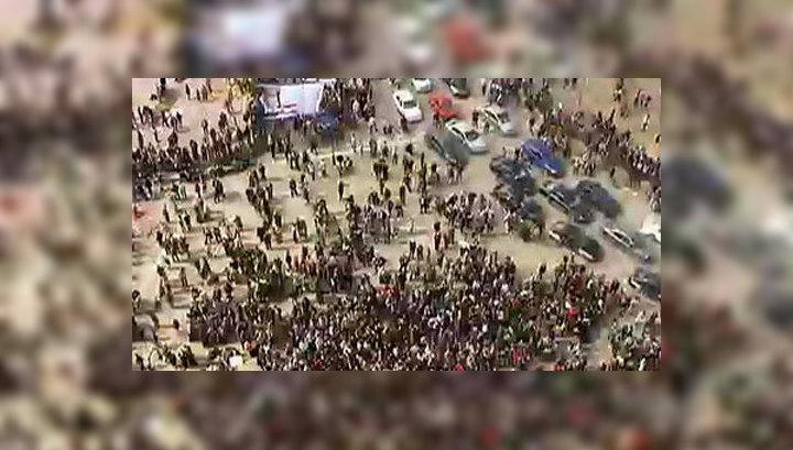 На площади Тахрир сносят палаточный городок