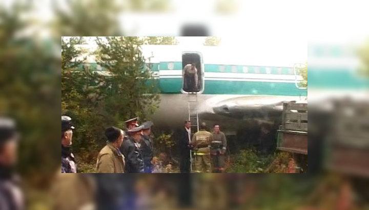 Ижемский Ту-154 готовится к взлету