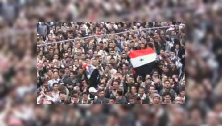Число погибших демонстрантов в Сирии достигло 72 человек