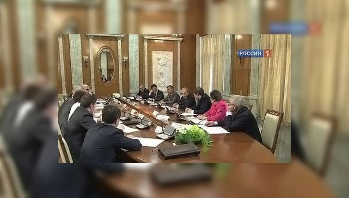 """Создание """"Общероссийского народного фронта"""" завершится к июню"""