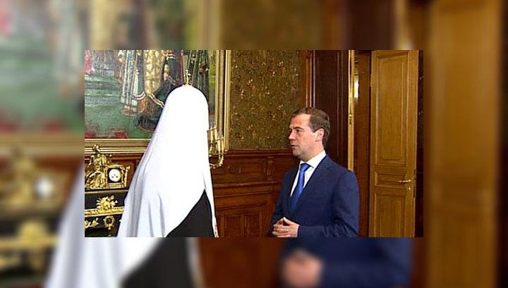 Президент поздравил Патриарха Кирилла с двойным праздником