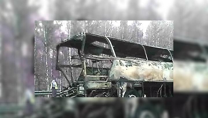 """Водитель """"КамАЗа"""" рассказал о ДТП: грузовик от удара подкинуло в воздух"""