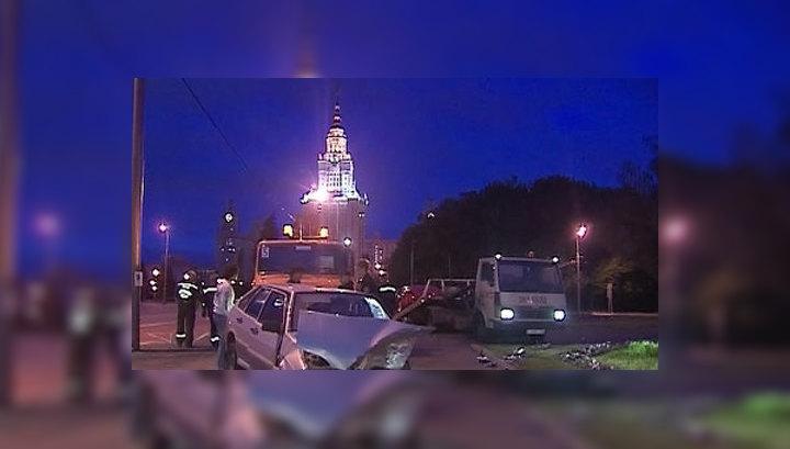 ДТП на Воробьевых горах: подробности аварии стритрейсеров
