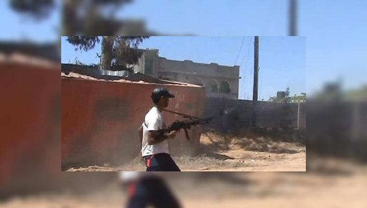 Франция вооружает ливийскую оппозицию, нарушая резолюцию ООН