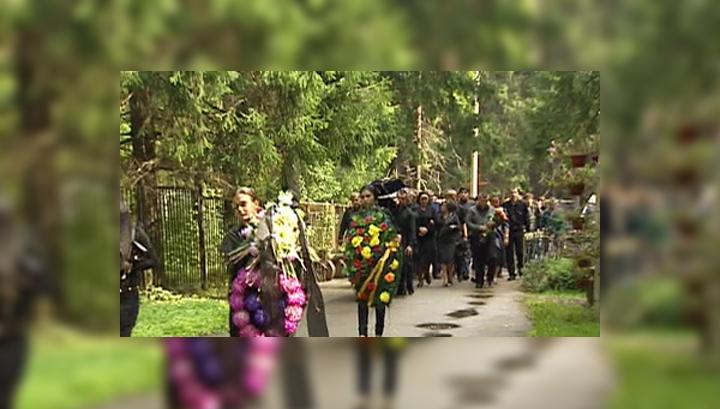Убийство студента Мирзаевым раскололо общество на два лагеря