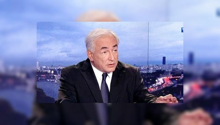 Стросс-Кан сожалеет, что подвел жену и Францию