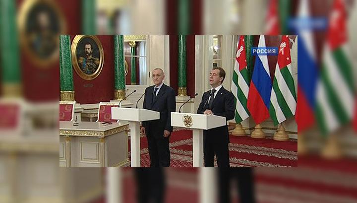 Президент Абхазии отметил вклад России в поддержку республики