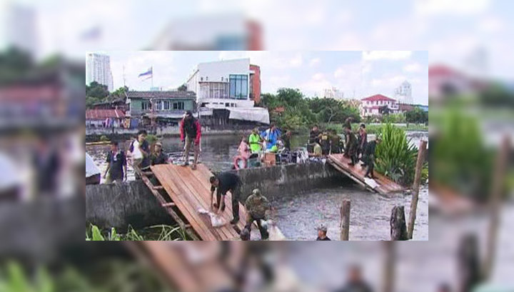 В Бангкоке наводнение угрожает жизням 800 тысяч человек