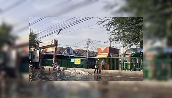 Наводнения обойдутся Таиланду в 43 миллиарда долларов
