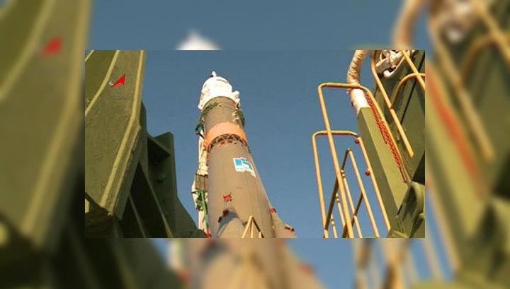 """Экипаж """"Союза"""" отправился в космос вместе с мухами и Angry Birds"""