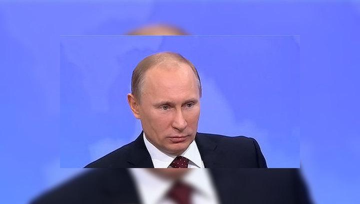 Путин потребовал оснастить все избирательные участки видеокамерами