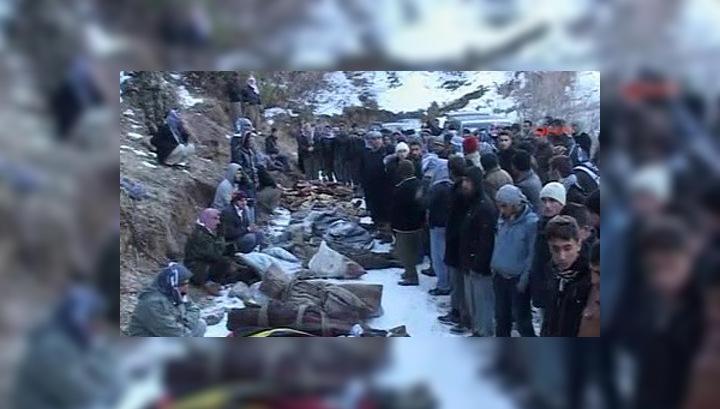 В Турции по ошибке убили 35 курдов