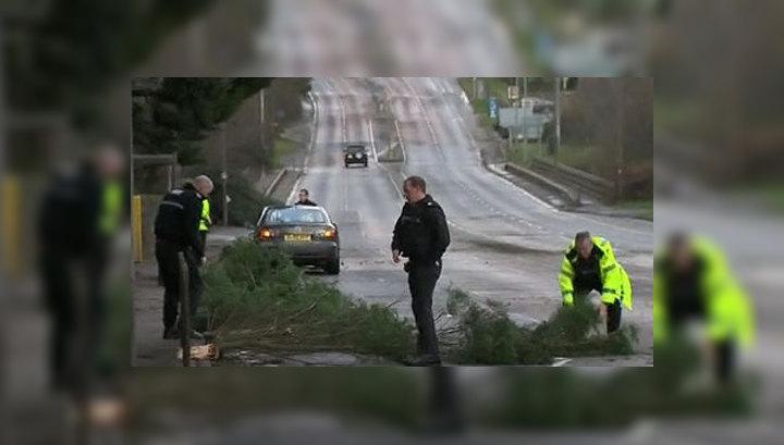 На Великобританию обрушится сильнейший ураган