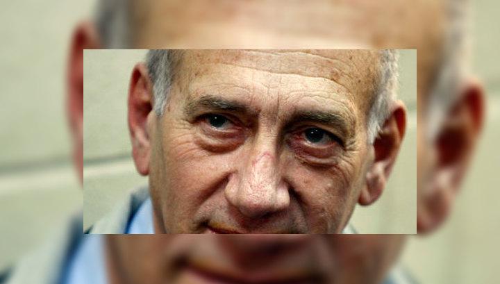 Экс-премьер Израиля получил 8 лет за коррупцию