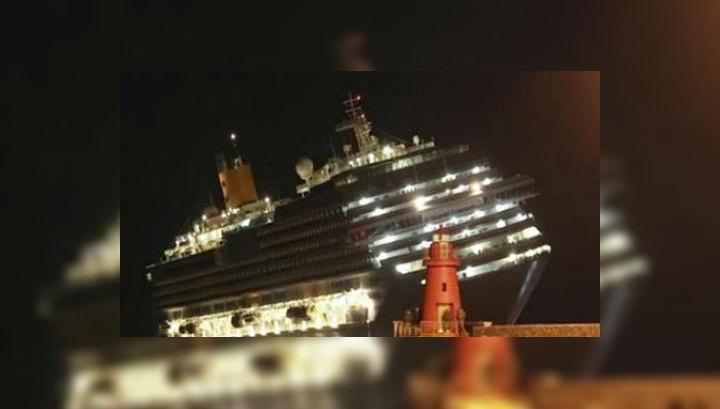 Пассажиры с лайнера Costa Concordia спасались вплавь