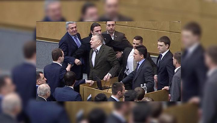 """Скандал в Госдуме: """"Здесь вам не сельский клуб!"""""""