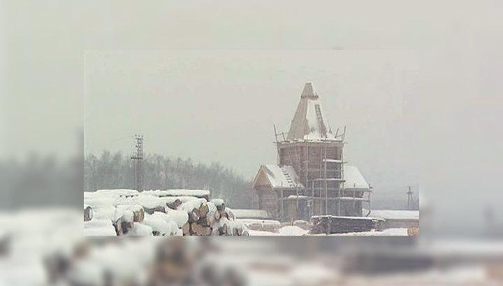 В Мурманской области бездомные восстанавливают монастырь
