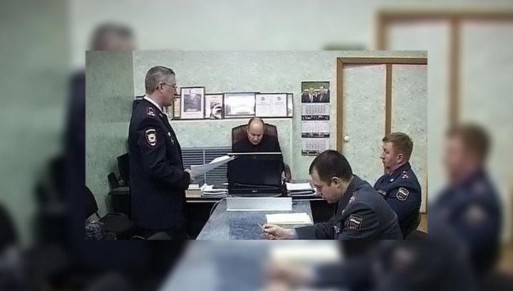 Полицейские, подозреваемые в издевательствах над казанцем, задержаны